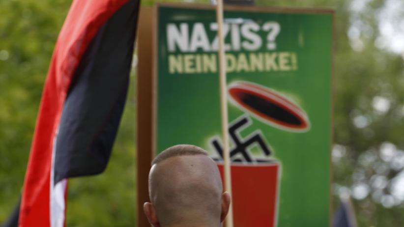 Dortmund: Neonazis auf einer Demonstration in Dortmund (Archiv)