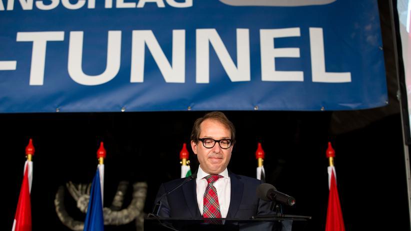 Alexander Dobrindt: Bundesverkehrsminister Alexander Dobrindt (CDU)