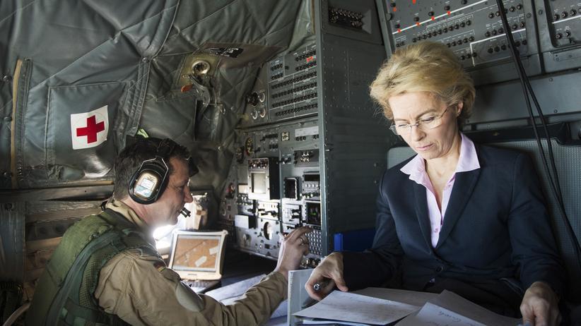 Verteidigungsministerin Ursula von der Leyen wehrt sich gegen Kritik an Meads.