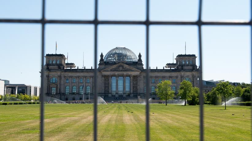 Hackerangriff Bundestag: Findet den Trojaner!