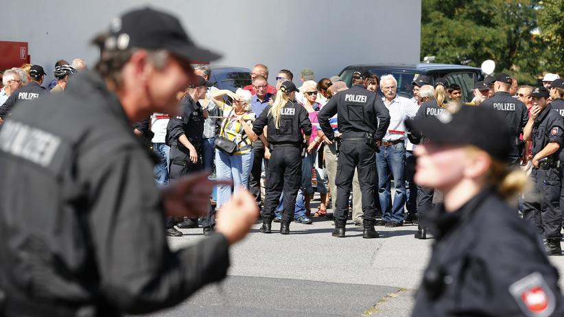 Politik, Heidenau, Heidenau, Sachsen, Polizei, Flüchtling, Angela Merkel, Bundespolizei