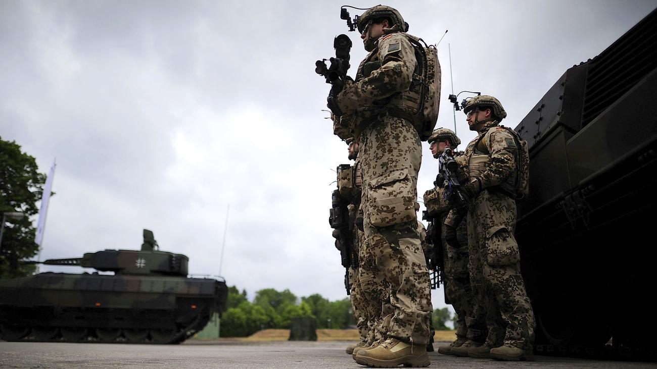 Bundeswehr: Das staatliche Gewaltmonopol wird aufgeweicht | ZEIT ONLINE