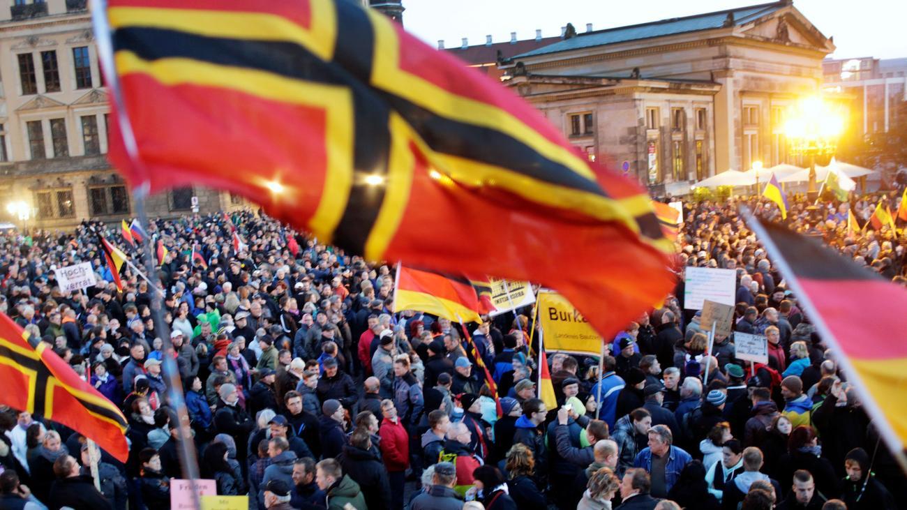 Demonstration in Dresden: Politiker warnen Pegida- und AfD ...  Demonstration i...