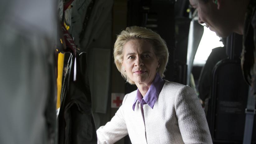 Bundeswehr: Verteidigungsministerin Ursula von der Leyen will, dass der geplante erweiterte Einsatz der Bundeswehr im Norden Malis im Frühjahr startet.