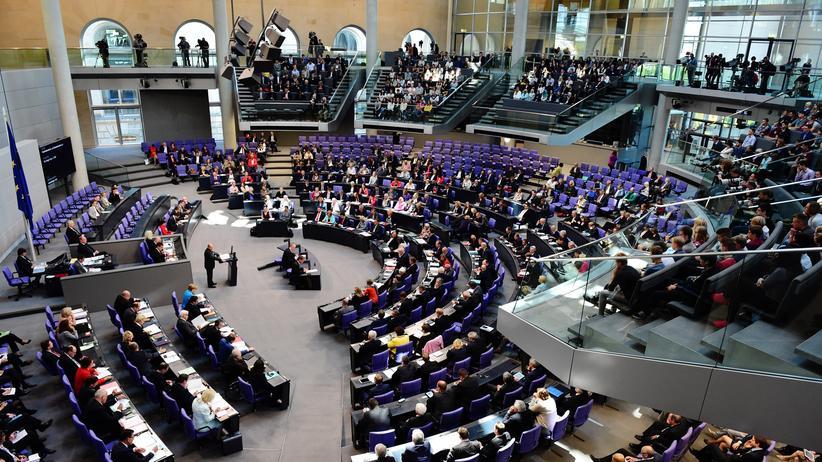 Sterbehilfe: Der Plenarsaal des Deutschen Bundestages (Archivbild)