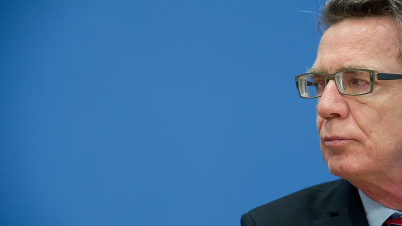 """Flüchtlingspolitik: """"Herr de Maizière, es reicht"""""""