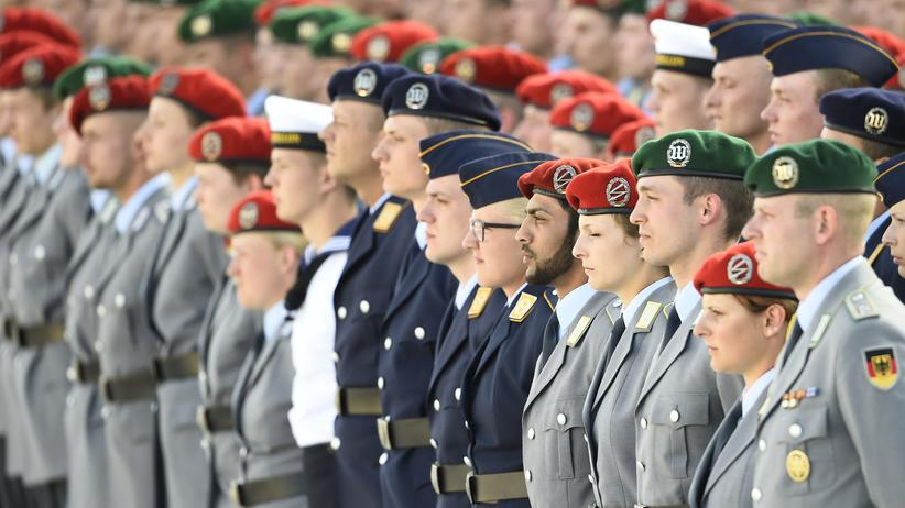 Integration: German Bundeswehr soldiers attend a swearing-in ceremony in Berlin.