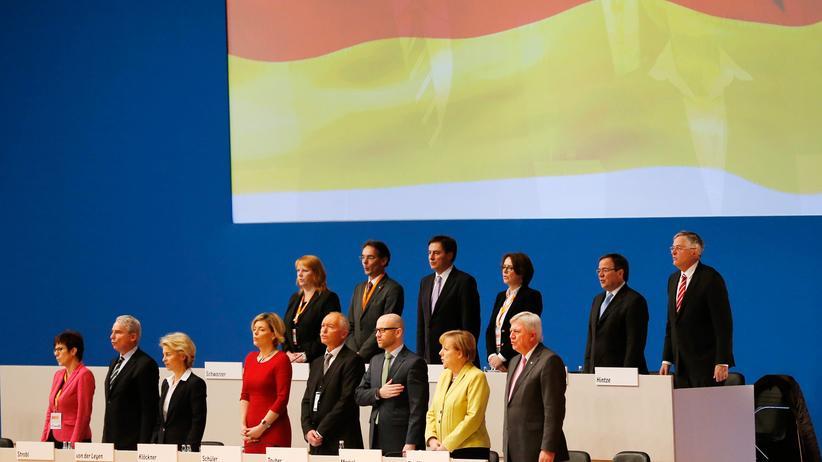 CDU-Parteitag: CDU will Nationalhymne im Grundgesetz verankern