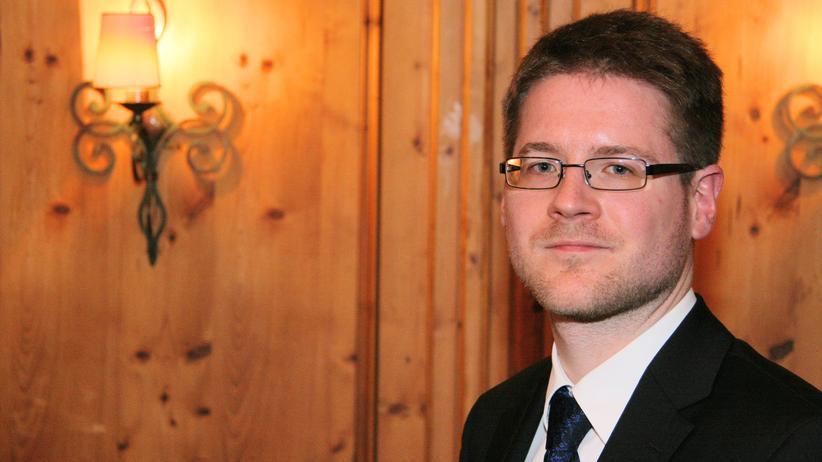 NPD-Verbotsverfahren: NPD-Anwalt Peter Richter in Saarbrücken
