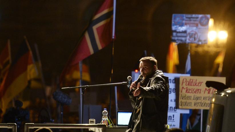 Pegida: Lutz Bachmann, Anführer der Pegida-Bewegung, spricht in Dresden (Oktober 2015).