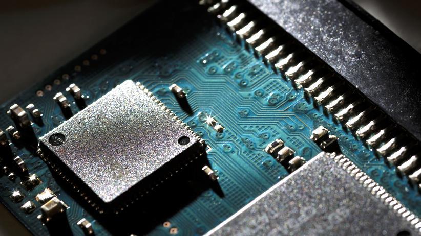Vorratsdatenspeicherung: Groß im Einsatz: Detailaufnahme eines Flash-Speichers