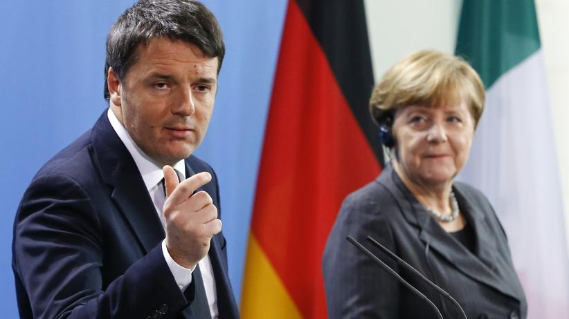 Flüchtlingskrise: Matteo Renzi und Angela Merkel zeigen sich in Berlin betont harmonisch.