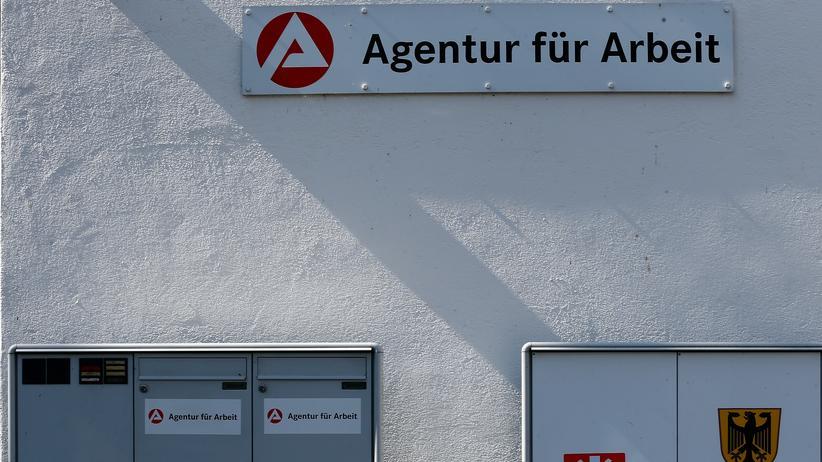 Bundesagentur für Arbeit: Koalition stellt Bürokratieabbau in Aussicht