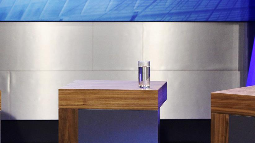 SWR: Winfried Kretschmann (Grüne) und Stefan Mappus (CDU) beim TV-Duell in Baden-Württtemberg vor der Wahl 2011