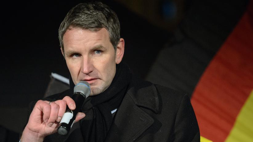 Björn Höcke: Björn Höcke während der AfD-Kundgebung vor dem Erfurter Dom am 13. Januar