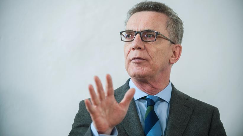 Thomas de Maizière will Residenzpflicht für anerkannte Flüchtlinge.