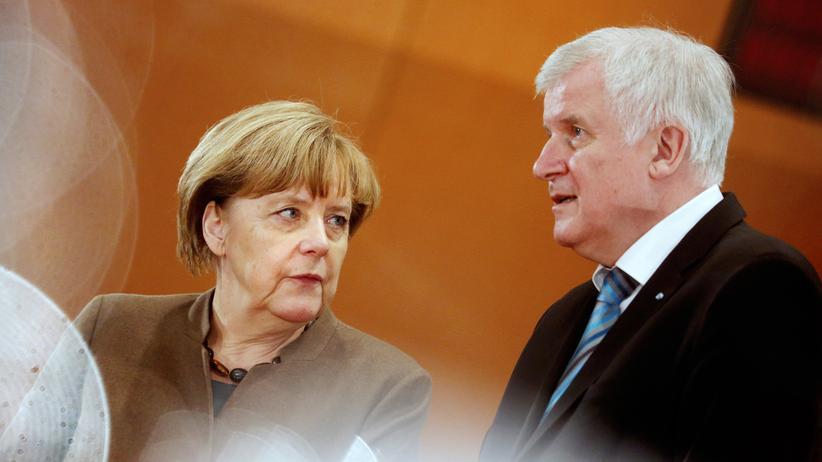 CSU: Herrscher des Unrechts? Kanzlerin Angela Merkel und ihr Koalitionspartner Horst Seehofer