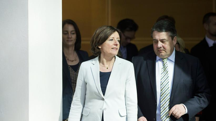 SPD: Licht und Schatten: Die SPD-Wahlsiegerin Malu Dreyer mit Parteichef Sigmar Gabriel