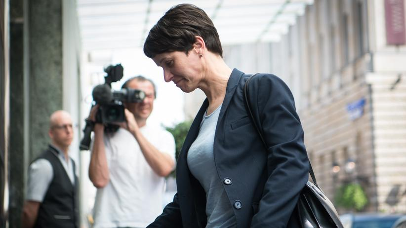 AfD: AfD-Chefin Frauke Petry