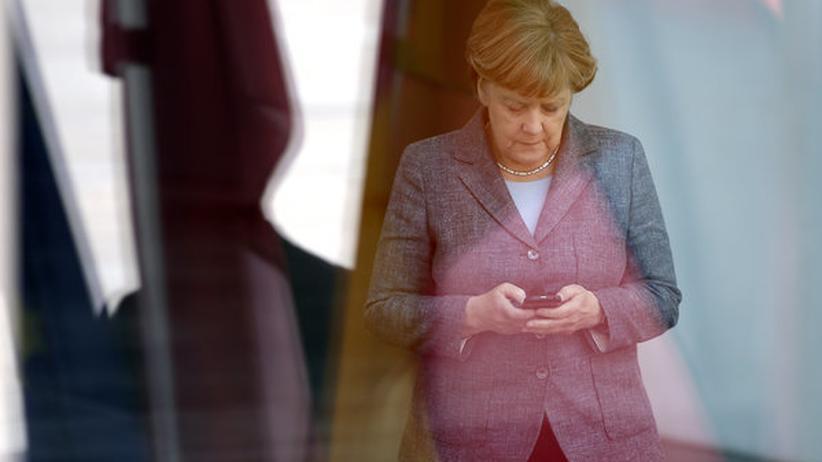 Bundeskanzlerin Angela Merkel vor dem Besuch der lettischen Premierministerin Maris Kucinski am 29. April