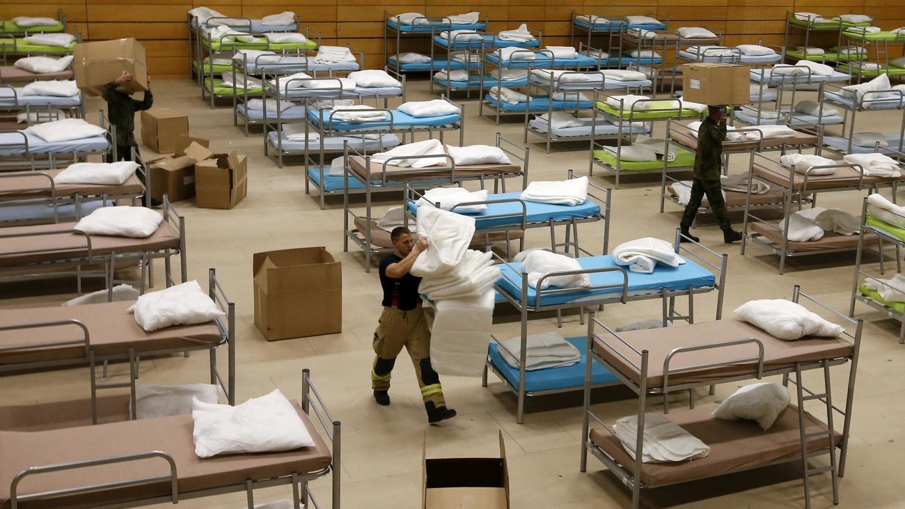 bundeswehr soldaten arbeiten zwei millionen stunden f r fl chtlinge zeit online. Black Bedroom Furniture Sets. Home Design Ideas