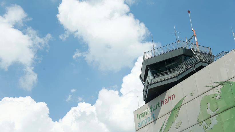 Flughafen Frankfurt-Hahn: Landesregierung überprüft chinesischen Käufer