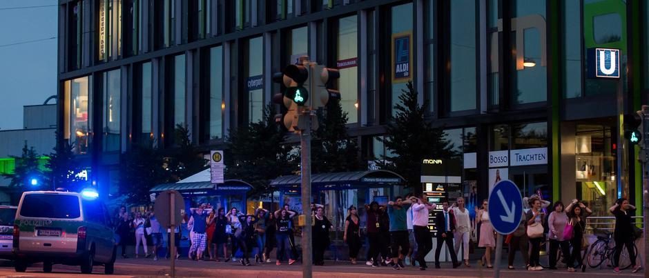 BRD under attack – Terror und Panik: München, Würzburg, Ansbach, Reutlingen Cinema__940x403