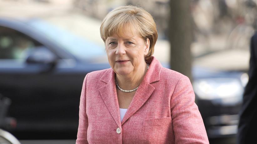 Angela Merkel Asylanträge Flüchtlinge