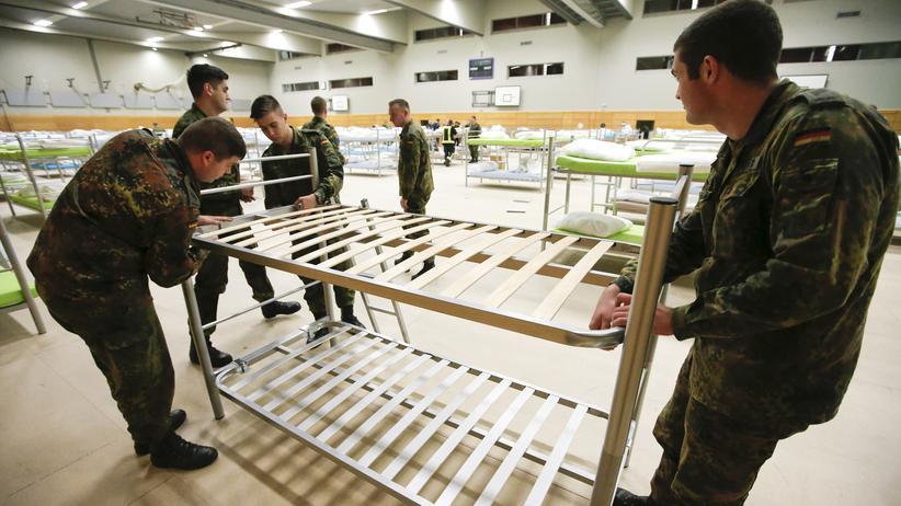 Asyl: Flüchtlingshilfe kostet Bundeswehr Hunderte Millionen