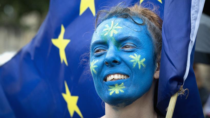 EU-Reform: Eine Pro-EU-Demonstrant bei einer Kundgebung in Bristol von dem Brexti-Referendum © Matt Cardy/Getty Images ()