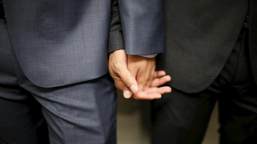 Gesetzesentwurf: Zwar waren homosexuelle Handlungen seit 1969 nicht mehr strafbar, doch der Paragraf 175 wurde erst 1994 endgültig abgeschafft.
