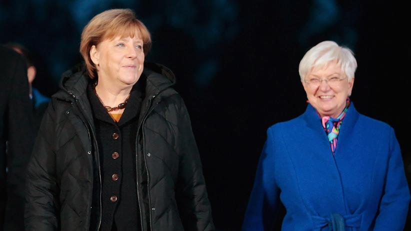 Bundestagswahl: Die Merkel-Unterstützer in der CSU werden immer mehr: Zuletzt hat sich die CSU-Landesgruppenvorsitzende Gerda Hasselfeldt (rechts) für ihre Kandidatur ausgesprochen (Archiv).