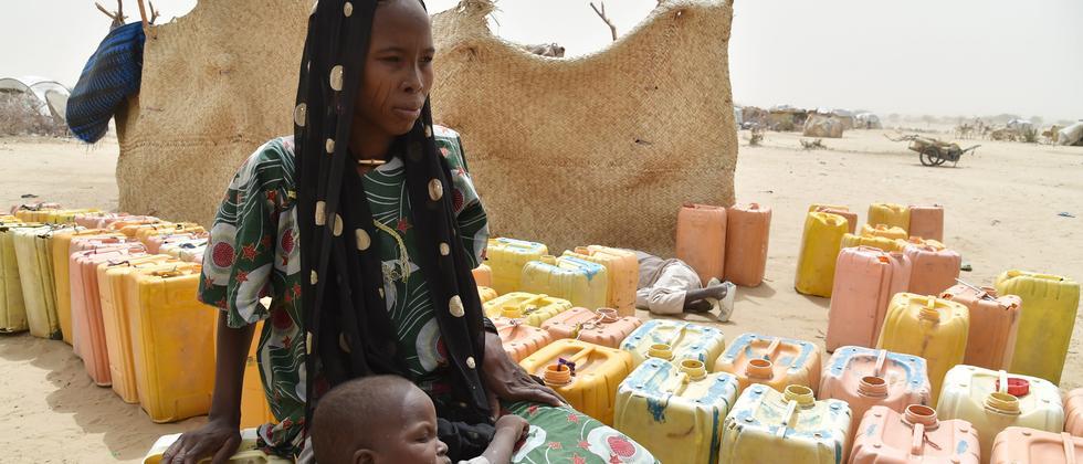 Flüchtlinge in einem Camp im Niger