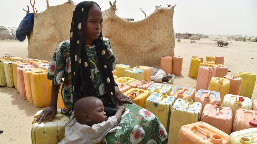 Flüchtlingspolitik: Flüchtlinge in einem Camp im Niger