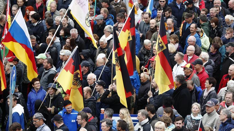 Markus Ulbig: Sachsens Innenminister will trotzdem mit Pegida reden