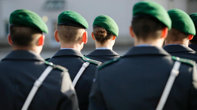 bundeswehr jung und gut ausgebildet so wnscht sich die bundeswehr die truppe - Bundeswehr Online Bewerbung