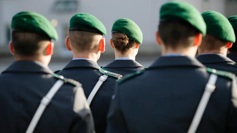 Bundeswehr: Jung und gut ausgebildet, so wünscht sich die Bundeswehr die Truppe.