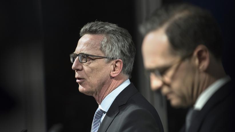 Terrorabwehr: Bundesinnenminister Thomas de Maizière (CDU) und Justizminister Heiko Maas (SPD) wollen härter gegen Gefährder vorgehen.