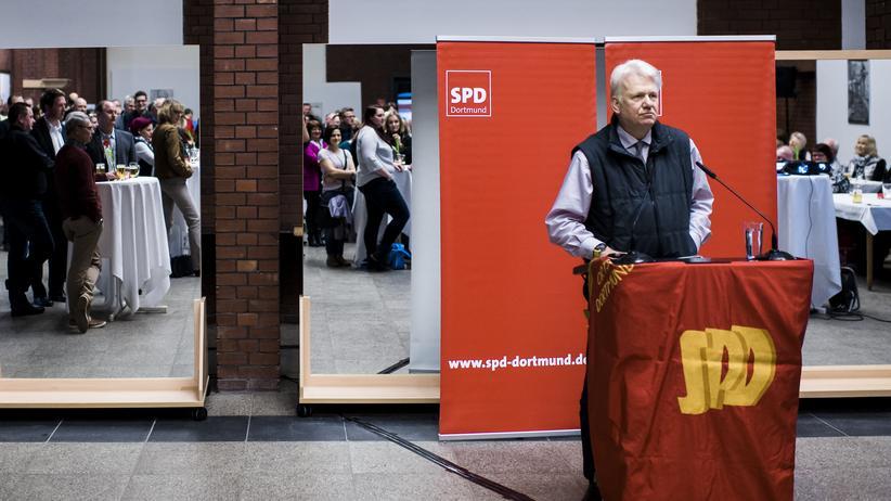 Dortmund: Dortmunds Oberbürgermeister Ulrich Sierau beim Neujahrsempfang der SPD in Lütgendortmund