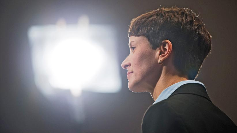 AfD-Parteitag: AfD-Bundesprecherin Frauke Petry