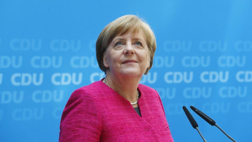 Bundeskanzlerin Angela Merkel am Tag nach der Wahl in Nordrhein-Westfalen