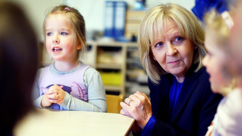 Nordrhein-Westfalen: Auch im Wahlkampf bei den Kindern: Hannelore Kraft in einer Kindertagesstätte in Hagen am 8. Mai 2017
