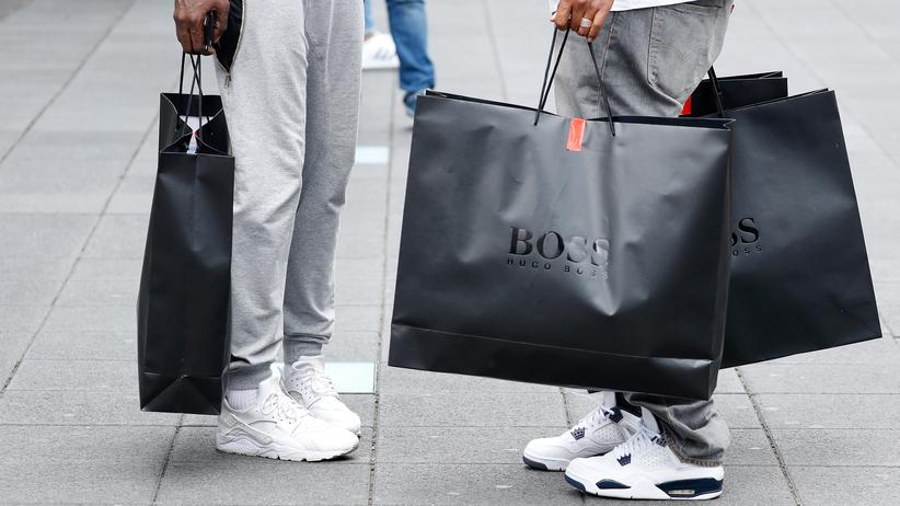 Einzelhandel: Kaufhäuser wollen an Sonntagen häufiger öffnen
