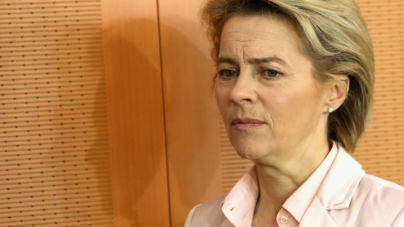 Rechtsextremismus: Verteidigungsministerin Ursula von der Leyen will einen neuen Korpsgeist etablieren.