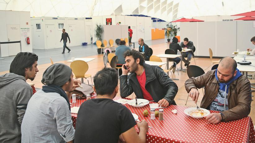 Krieg in Syrien: Geflüchtete aus Syrien in einer Unterkunft in München (Archiv)