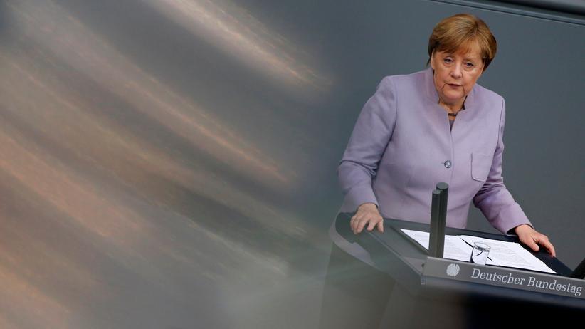 Ehe für alle: Kanzlerin Angela Merkel (CDU) im Bundestag in Berlin.