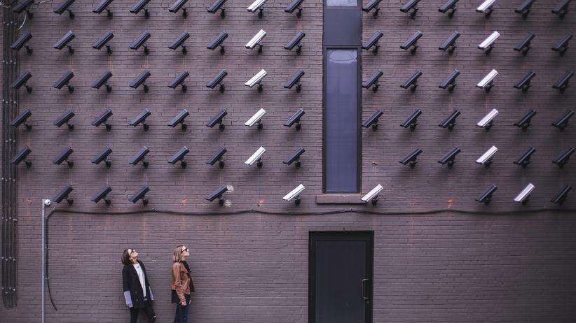 Überwachung: Sicherheit und Sinn
