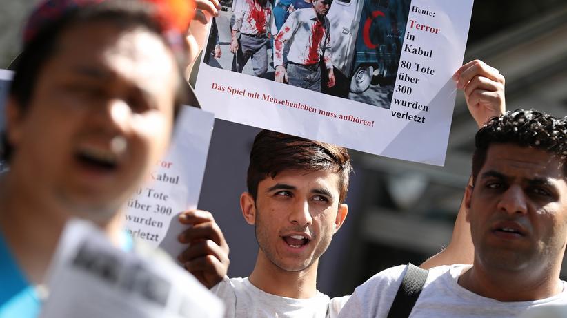 Bamf: Entscheidung über Asylanträge von Afghanen ausgesetzt