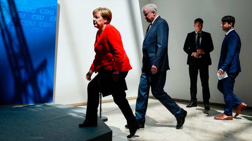 Wahlprogramm zur Bundestagswahl: Angela Merkel und Horst Seehofer