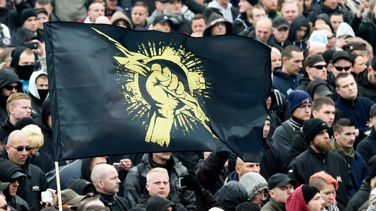 Verfassungsschutzbericht-Verfassungsschutz-registriert-zunehmende-rechte-Gewalt